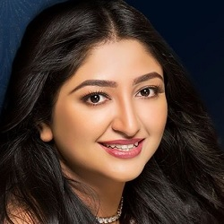 Bhoomi Trivedi Biography, Age, Height, Weight, Boyfriend, Family, Wiki & More