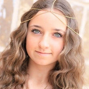 Bailey McKnight Biography, Age, Height, Weight, Boyfriend, Family, Wiki & More