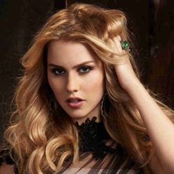 Claire Holt Biography, Age, Height, Weight, Family, Wiki & More