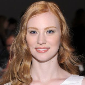 Deborah Ann Woll Biography, Age, Height, Weight, Family, Wiki & More