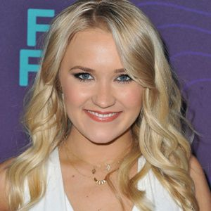 Emily Osment Biography, Age, Height, Weight, Family, Wiki & More