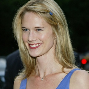 Stephanie March Biography, Age, Height, Weight, Family, Wiki & More