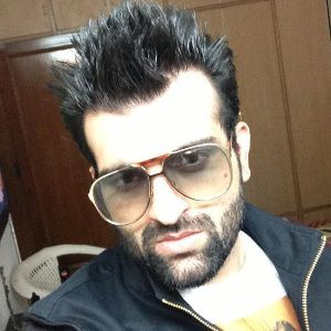 Navraj Hans Biography, Age, Height, Weight, Family, Caste, Wiki & More