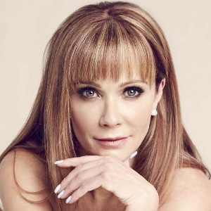 Lauren Holly Biography, Age, Height, Weight, Family, Wiki & More