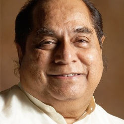 D. Y. Patil Biography, Age, Height, Weight, Family, Caste, Wiki & More
