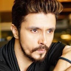 Darshan Kumar (Actor) Biography, Age, Height, Weight, Wife, Family, Caste, Wiki & More