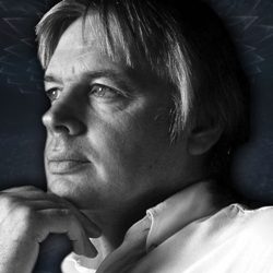 David Icke Biography, Age, Height, Weight, Family, Wiki & More