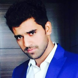 Deepak Chahar Biography, Age, Height, Weight, Girlfriend, Family, Wiki & More