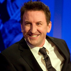 Lee Mack Biography, Age, Height, Weight, Family, Wiki & More