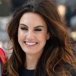Elizabeth Chambers Biography, Age, Husband, Children, Affair, Family, Facts, Wiki & More