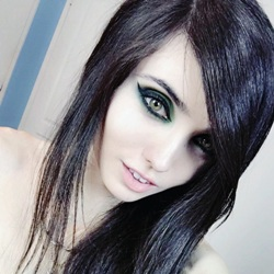 Eugenia Cooney Biography, Age, Height, Weight, Boyfriend, Family, Wiki & More