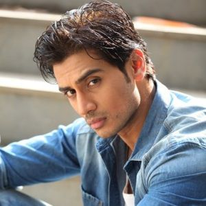 Shiv Pandit Biography, Age, Height, Weight, Family, Caste, Wiki & More