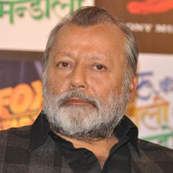 Pankaj Kapur Biography, Age, Wife, Children, Family, Caste, Wiki & More