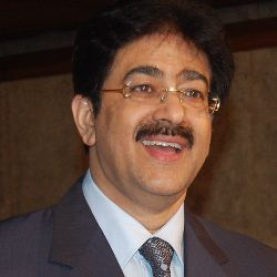 Sandeep Marwah Biography, Age, Wife, Children, Family, Caste, Wiki & More