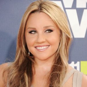Amanda Bynes Biography, Age, Height, Weight, Boyfriend, Family, Wiki & More