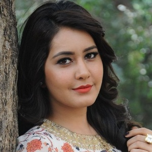 Raashi Khanna Biography, Age, Height, Weight, Boyfriend, Family, Wiki & More