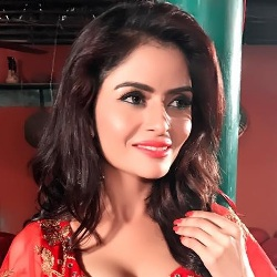 Gehana Vasisth Biography, Age, Height, Weight, Boyfriend, Family, Wiki & More
