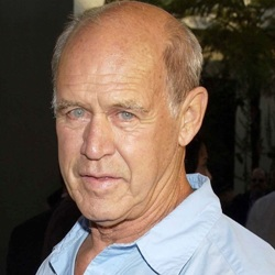 Geoffrey Lewis Biography, Age, Death, Height, Weight, Family, Wiki & More