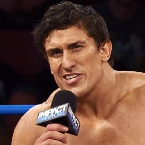 Ethan Carter III Biography, Age, Height, Weight, Family, Wiki & More