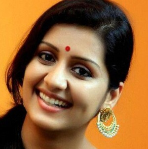 Sarayu Mohan Biography, Age, Husband, Children, Family, Caste, Wiki & More