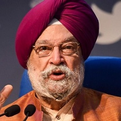 Hardeep Singh Puri Biography, Age, Height, Wife, Children, Family, Caste, Wiki & More