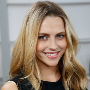 Teresa Palmer Biography, Age, Height, Weight, Family, Wiki & More