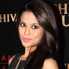 Sana Saeed Biography, Age, Height, Weight, Boyfriend, Family, Wiki & More