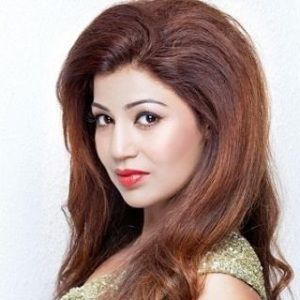 Debina Bonnerjee Biography, Age, Husband, Children, Family, Caste, Wiki & More