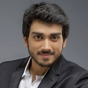 Kalidas Jayaram Biography, Age, Height, Weight, Family, Caste, Wiki & More