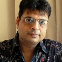 Irshad Kamil Biography, Age, Height, Weight, Family, Caste, Wiki & More