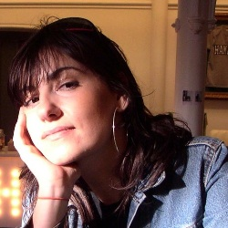 Justine Frischmann Biography, Age, Height, Weight, Family, Wiki & More