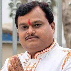 Suresh Chavhanke Biography, Age, Height, Weight, Family, Caste, Wiki & More