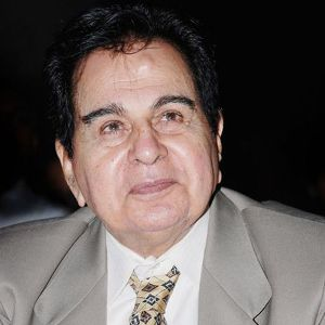 Dilip Kumar Biography, Age, Height, Weight, Wife, Children, Family, Wiki & More