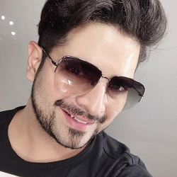 Karan Mehra Biography, Age, Wife, Children, Family, Caste, Wiki & More