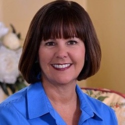 Karen Pence Biography, Age, Height, Weight, Family, Wiki & More
