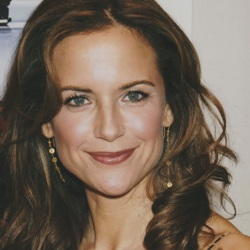 Kelly Preston Biography, Age, Death, Husband, Children, Family, Wiki & More