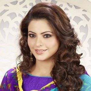 Aamna Sharif Biography, Age, Husband, Children, Family, Caste, Wiki & More