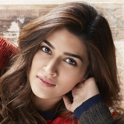Kriti Sanon Biography, Age, Height, Weight, Boyfriend, Family, Wiki & More
