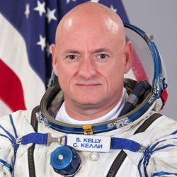 Scott Kelly Biography, Age, Height, Weight, Family, Wiki & More