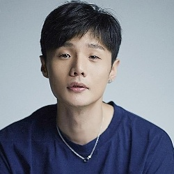 Li Ronghao Biography, Age, Height, Weight, Family, Wiki & More