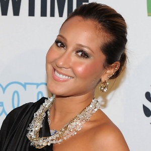 Adrienne Bailon Biography, Age, Height, Weight, Family, Wiki & More