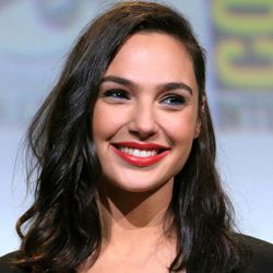 Gal Gadot Biography, Age, Height, Weight, Husband, Children, Family, Wiki & More