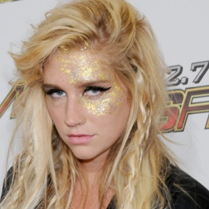 Kesha Biography, Age, Height, Weight, Boyfriend, Family, Wiki & More
