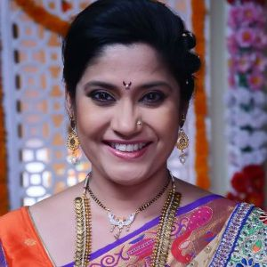 Renuka Shahane Biography, Age, Husband, Children, Family, Caste, Wiki & More