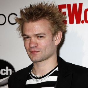 Deryck Whibley Biography, Age, Height, Weight, Family, Wiki & More