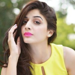 Mawra Hocane Biography, Age, Height, Weight, Boyfriend, Family, Wiki & More
