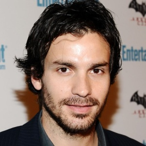 Santiago Cabrera Biography, Age, Height, Weight, Family, Wiki & More