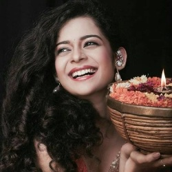 Mithila Palkar Biography, Age, Height, Weight, Boyfriend, Family, Wiki & More