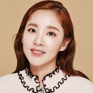 Sandara Park Biography, Age, Height, Weight, Family, Wiki & More
