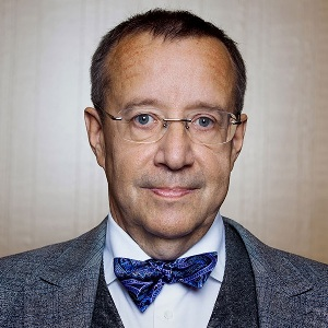 Toomas Hendrik Ilves Biography, Age, Height, Weight, Family, Wiki & More